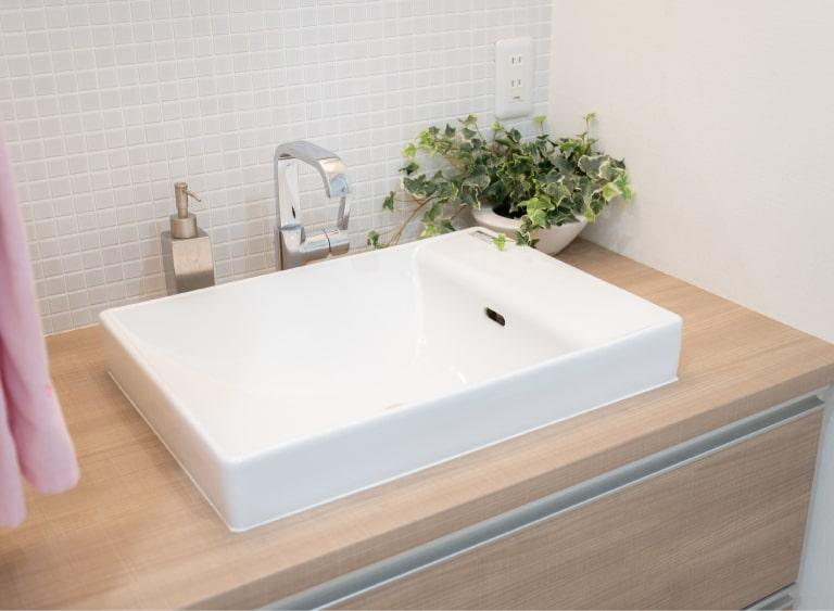 トイレや洗面台の施工費用
